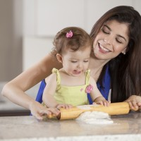 New Mom's Guide to Cooking with Kids